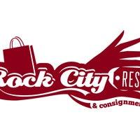 Das Foto wurde bei Rock City Resale von Rock City Resale am 7/14/2014 aufgenommen