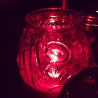 Das Foto wurde bei Campisi's Restaurant - The Egyptian Lounge von Jason C. am 6/26/2014 aufgenommen