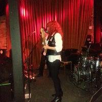 รูปภาพถ่ายที่ Green Room Athens โดย Dan M. เมื่อ 4/26/2014