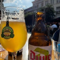Foto diambil di Café Bruxelles oleh hugo l. pada 7/9/2021