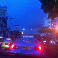 Das Foto wurde bei Ladpao Lord von MooTan am 8/24/2013 aufgenommen
