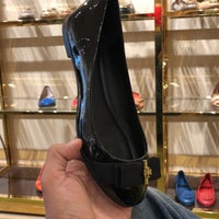 809623fe4885 ... Photo taken at Tory Burch - Outlet by Javier C. on 5 9  ...