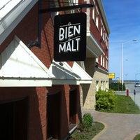 รูปภาพถ่ายที่ Le Bien, le Malt | Brasserie artisanale โดย Marie-Pierre M. เมื่อ 2/10/2014