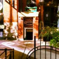 5/2/2014 tarihinde Streeter's Tavernziyaretçi tarafından Streeter's Tavern'de çekilen fotoğraf