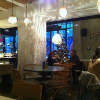 Foto scattata a La Xina & Luzia da Tanya il 12/23/2012