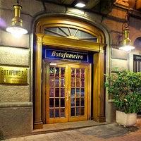 Das Foto wurde bei Botafumeiro von Moncho's Barcelona am 2/11/2014 aufgenommen
