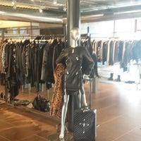 official photos 48b74 03ced Sari Spazio Fashion Showroom