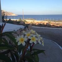 Foto tirada no(a) Silene Villas Hotel por Marianna V. em 7/9/2014