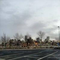 Foto tirada no(a) RTD - Auraria West Campus Light Rail Station por Patrick K. em 12/18/2012