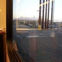 Foto tirada no(a) RTD - Auraria West Campus Light Rail Station por Patrick K. em 9/27/2012