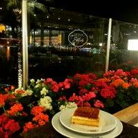 4/24/2015 tarihinde Gizem Ecem D.ziyaretçi tarafından Emirgan Sütiş'de çekilen fotoğraf