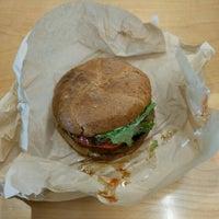 Photo prise au D.C. Vegetarian par Mike M. le8/26/2016