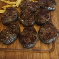 Foto diambil di Bonfilet Steak House & Kasap oleh Cem pada 11/8/2019