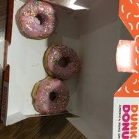 Foto tirada no(a) Dunkin Donuts por _C_IGDE_M_ em 6/1/2018