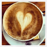 Das Foto wurde bei Coffeemania von Sema Gizem G. am 1/27/2013 aufgenommen