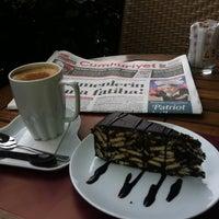 11/23/2012 tarihinde Serkan B.ziyaretçi tarafından Kahve Dünyası'de çekilen fotoğraf
