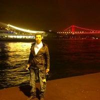รูปภาพถ่ายที่ Emirgan Loca โดย Mesut K. เมื่อ 5/9/2014