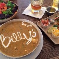 Das Foto wurde bei Billy's Inn von Bryon M. am 11/27/2013 aufgenommen