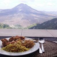 10/14/2017에 Oli W.님이 Sari Restaurant에서 찍은 사진
