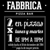 Foto tirada no(a) La Fabbrica -Pizza Bar- por La Fabbrica -Pizza Bar- em 9/30/2014