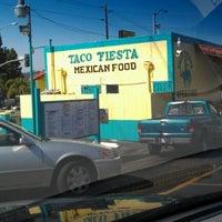 Foto tomada en Taco Fiesta por J.C. C. el 9/16/2012