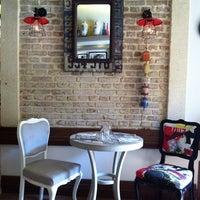 Das Foto wurde bei Il Vicino Pizzeria von Nasos S. am 9/3/2013 aufgenommen