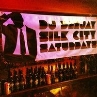 Foto tirada no(a) Silk City Diner Bar & Lounge por djdeejay em 5/26/2013
