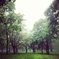 Снимок сделан в High Park пользователем Andrés L. 8/17/2014