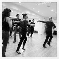 Снимок сделан в Yıldız Dans ve Müzik Akademi пользователем Nil S. 2/19/2014