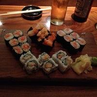 Photo prise au Blue Ribbon Sushi Bar & Grill par Mike L. le7/17/2013