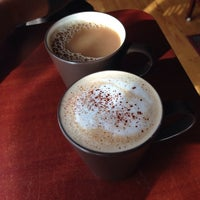 10/26/2014にLauren L.がDedham Square Coffeehouseで撮った写真