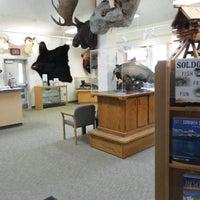 Foto scattata a Soldotna Visitor Center da Soldotna Visitor Center il 2/25/2014
