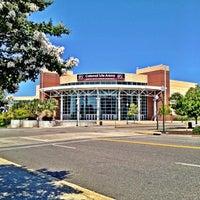 Foto tomada en Colonial Life Arena por University of South Carolina el 7/24/2012