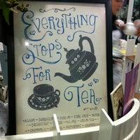 5/26/2012 tarihinde Kirsty G.ziyaretçi tarafından Tea Salon - The Victoria Room'de çekilen fotoğraf