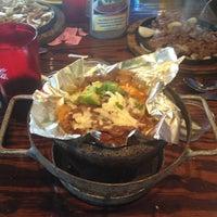 รูปภาพถ่ายที่ Mi Pueblito Restaurant Bar & Grill โดย Bob T. เมื่อ 3/29/2012