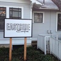 รูปภาพถ่ายที่ Eastside Cafe โดย Laura F. เมื่อ 3/14/2012