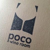 Foto tirada no(a) Poco Wine + Spirits por Rebecca Z. em 6/8/2012