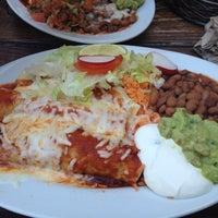 Das Foto wurde bei The Iron Cactus von Bail am 5/7/2012 aufgenommen