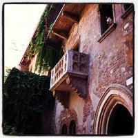 8/8/2012 tarihinde Yves P.ziyaretçi tarafından Casa di Giulietta'de çekilen fotoğraf