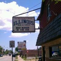 Foto diambil di Illinois Bar & Grill oleh Jim H. pada 6/17/2012