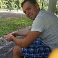 6/2/2012 tarihinde Yuliya B.ziyaretçi tarafından East Coast Park Jogging Track'de çekilen fotoğraf