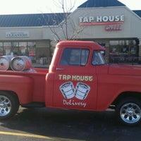 Foto tomada en Tap House Grill por Ryan W. el 3/10/2012
