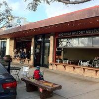 3/2/2012 tarihinde Thawee T.ziyaretçi tarafından Bird Rock Coffee Roasters'de çekilen fotoğraf