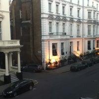 Das Foto wurde bei Fraser Suites Queens Gate von Mohd Zulfadhli Z. am 3/12/2012 aufgenommen
