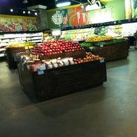 4/19/2012에 Jenny님이 Horizon Vista Market에서 찍은 사진