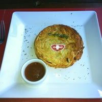 7/6/2012 tarihinde Bruna G.ziyaretçi tarafından Rostie Restaurant'de çekilen fotoğraf