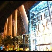 Foto tomada en 360° Mall por Sash D. el 8/8/2012