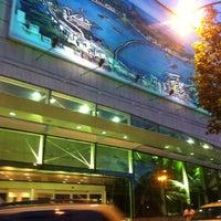 Foto tirada no(a) Shopping RioSul por Rafael C. em 4/29/2012