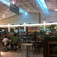 Foto tomada en Via Verde Shopping por Roberto G. el 5/10/2012