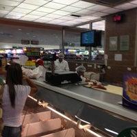 Foto tirada no(a) Sonda Supermercados por Will R. em 3/10/2012